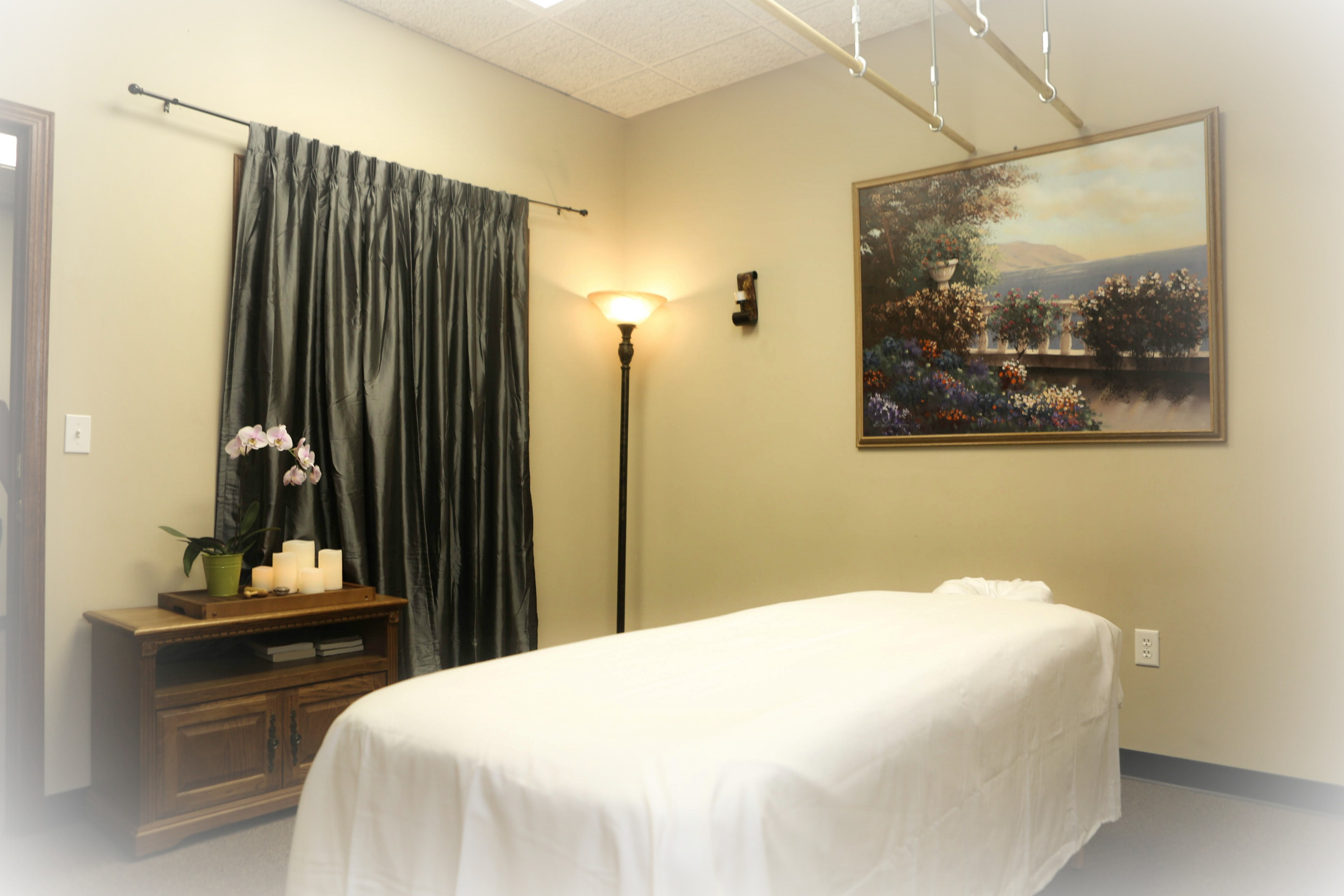 summers Massage therapy room